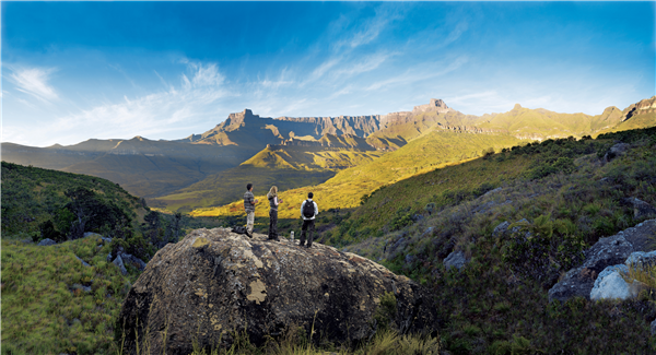 view that can be seen on a drakensburg tour