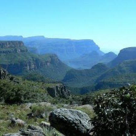 Blyde-River-Canyon-Dam-300x225