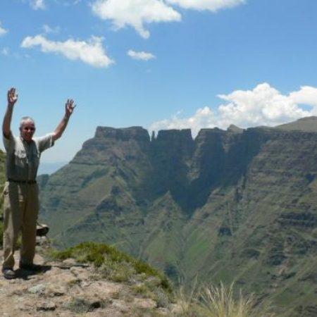self-drive Drakensberg mountains