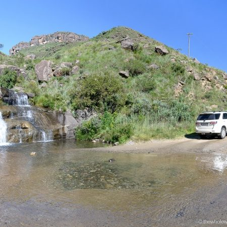 South-Africa-Driving-the-Sani-Pass-7