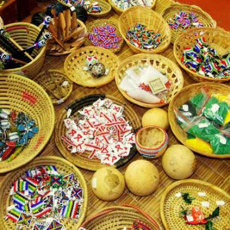 Zulu-Beads-Badges-And-Flags