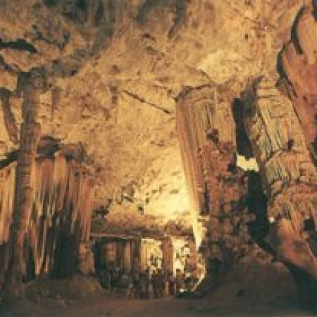 cango-Caves-3-300x207