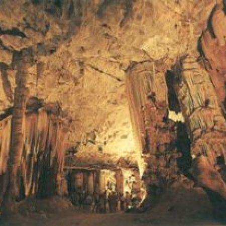 cango-Caves-300x207