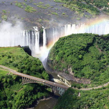 victoria-falls-bridge-rainbow-590x390